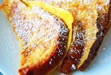 Breakfast & Weekend Brunch Club / Scrumptious breakfasts and weekend brunches in Toronto to start everyone's day!  Eggs, pancakes, waffles, vegetarian and vegan yummies and more!