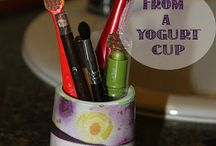 Riciclare i vasetti dello yogurt / Anche i vasetti dello yogurt si possono riciclare con un pò di fantasia e creatività. Qualche esempio.