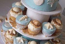 cakes / by esmeralda garcia