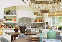 Kitchens / #kitchen #design #tile #carrara mostly #white