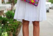 Handbags and clutches / Who doesn't love a fabulous handbag!