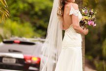 A Noiva ♥ / Ser noiva é ser sonhadora, cuidar de detalhes e fazer mil escolhas, mas saber que a melhor delas é a pessoa que está te esperando no altar! #noiva#bride #anoiva #thebride