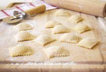 LINEA ACCESSORI - ACCESSORY COLLECTION / Una gamma di complementi in stile vintage, adatti a tutte le necessità e creatività in cucina. A set of vintage style complements, for any cooking needs and cooking creation.