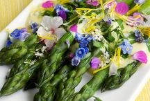 Edible Flower Wedding Ideas