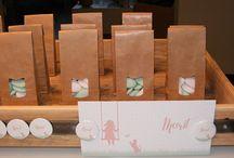 doopsuiker presentatie. / geboorte, geboortekaartjes, doopsuiker, verpakkingen, lintjes, knutselen, doosjes, presentatie, stickers
