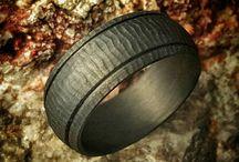 Men's Carbon Fiber Wedding Bands & Rings