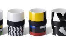 Ring Mug / Porcelanowe kubki zachwycają swoim designem. Ożywią wnętrze każdego mieszkania, a poranna kawa będzie prawdziwie inspirująca