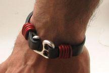 leather / bracelets