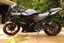 Motorcycles / I recently purchased a 2008 Kawasaki Ninja 250. After several years of wanting a bike and/or scooter, I finally got one and love it! This is a collection of things I like/want/need.