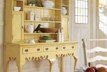 barva creme brulée nábytek