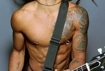 all Lenny Kravitz abs / by Roxanne Kimbell