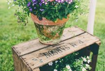 Marquee wedding flowers / A load of ideas for your marquee wedding