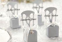 White/Silver Wedding Theme / white & silver themed wedding