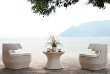 Ameublement extérieur haut de gamme / Découvrez l'ensemble de la gamme Artie Garden, spécialiste dans la fabrication et la distribution de mobiliers de jardin luxueux. Toutes les créations suivantes sont disponibles sur la boutique en ligne Décostock.