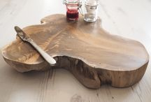 Unique wooden chopping/cheese boards / Our beautiful reclaimed wood chopping boards offer a unique look, each one giving you its own individuality. The knots and grain make a truly interesting feature to the board, it is smoothed and sanded on each side for chopping food. Natural or rounded, small, medium & large in both shapes.  Be creative by using the boards for food displays such as cakes,cheese,bread, charcuterie & even Wedding cakes!