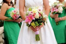 Wedding Bouquets and Flowers / by Stylish Eve