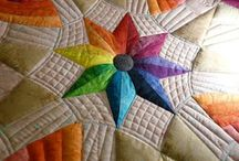 Quilting free motion quilting / Impressive quilting or stuff I'd like to learn how to do. / by Michell Lindsey