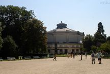 Champs Elysees Gardens