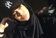 hijab selfies