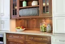 Cabinet Mullions / Frequently found in all sorts of kitchen design, mullions with glass are a great way to add design style and impact to a kitchen with minimal added cost.