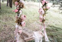Свадебные качели