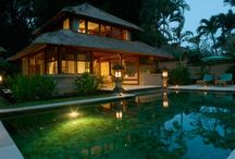 Dream Honeymoons in Bali / Temple tours, spa days, beachtime and the most romantic getaways from Seminyak to Ubud and Manggis to Jimbaran
