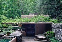 Frank Lloyd Wright / Famous Architects