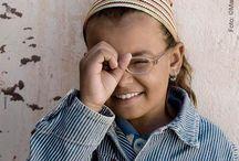 ULLS DEL DESERT / OJOS DEL DESIERTO / Evitar la ceguera en los campamentos de refugiados saharauis de Tindouf es posible. Únete a la campaña OJOS DEL DESIERTO y evita que se produzcan nuevos casos de cegueras por causas que se pueden prevenir o curar con las técnicas que usamos en las sociedades de nuestro entorno, a las cuales la población saharaui no puede acceder por falta de recursos. Envía SAHARA al 28014 Donativo íntegro de 1,20€ a Ojos del mundo.