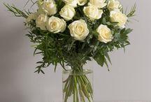 Bouquets de Roses Interflora / Venez découvrir une large gamme de bouquets de Roses composés de fleurs fraîches