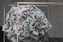 2012 - Premio Humus Art / Il concorso d'arte indetto per l'edizione 2012, rivolto ai giovani artisti, ha dato spazio a nuovi talenti che si sono concentrati nella produzione di opere ispirate a Carugate.