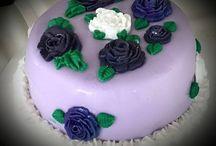 Custom Made Cakes / Cake-Pops