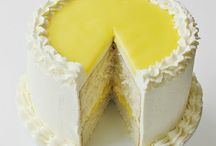 Sweet Recipes / http://www.flickr.com/photos/berliosca-cake-boutique/6728089155/in/contacts/lightbox/ / by Karen Martino