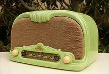 Vintage Radios / by Lois Cohen Naseman