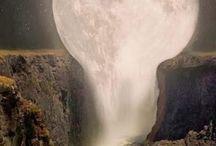 liquid moon