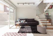Sala de Estar Minimalista / Ideias para reforma e decor de salas com uma pegada mais minimalista e escandinava.
