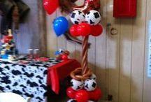 Western Balloon Decor Ideas