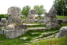 Sulla via Flaminia / L'antca via romana che parte da Roma, attraversa la Tuscia e giunge in Umbria