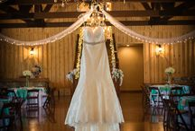 Skiatook Springs / A Beautiful Oklahoma wedding venue. If you love rustic country weddings that are also elegant and glamorous, this venue is for you! The space has a beautiful open log cabin feeling with high vaulted ceilings and wooden beams with gorgeous chandeliers.