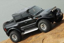 4 WD JEEP / by Evelyn Lay