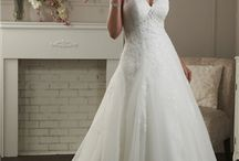 wedding dresses / Wedding styles and hair do's