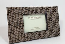 Black and avana brown coloured picture frame madeinitaly. Cornici nero avana madeinitaly in cartone / Picture frame is a a special gift that 1012Ecodesign, suggests to offer someone special a designed and unique way to capture and showcase beautiful memories.