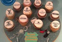 Cupcake Boards / Cupcake decoration ideas