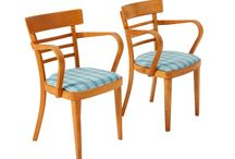 Holenderskie krzesła ART DECO, braci Verhouden z 1956r. / Holenderskie krzesła ART DECO, braci Verhouden z 1956r. Po całkowitej rewitalizacji. Dostępne 2 sztuki w tej samej kolorystyce.