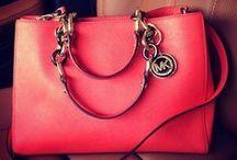 purses♡ / by Christina Haun