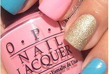 Nails / by Melanie Linguist