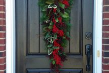 Holiday Wreath & Centerpieces