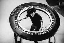 Crazy Instruments / Crazy Instruments