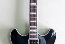 Guitars / Gitare