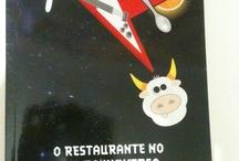Livros & Quadrilhos / by Nícolas Andrade Santos