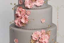 Cakes, cuppycakes, and candyliciousness / by Mina Choe